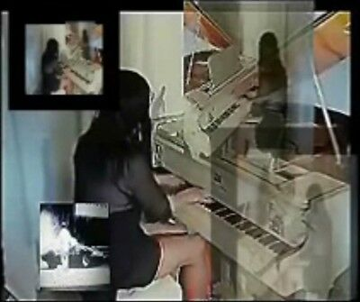 Grand Piano Baby In Mirror White