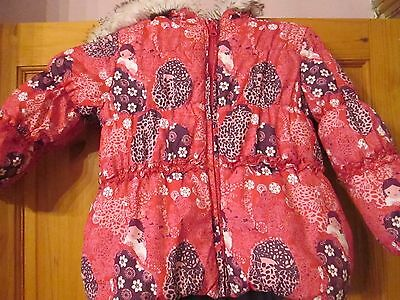 Really pretty padded fleecy lined/hooded winter coat age 4 excellent condition