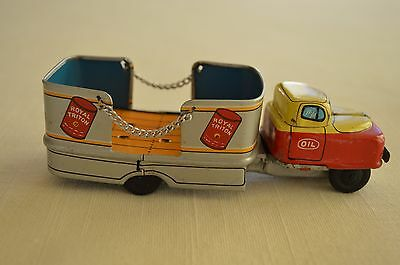 """Vintage 1950s Royal Triton Lithographed Steel Oil Delivery Truck 5"""" Union 76"""