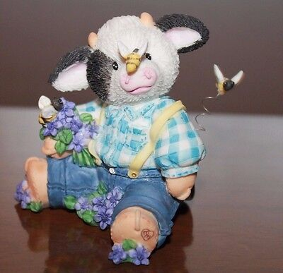 Enesco Mary's Moo moos 1995 All A Buzz over you Bumble bee's purple flowers Boy