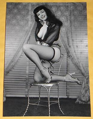 Sexy BETTIE PAGE NUDE Betty Busty Butt Big Boobs RARE 50s Girl Vintage Photo F53