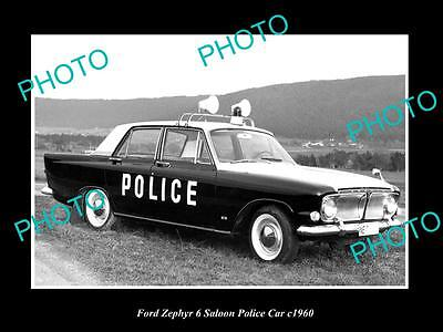 OLD LARGE HISTORIC PHOTO OF THE FORD ZEPHYR SALOON POLICE PATROL CAR c1960