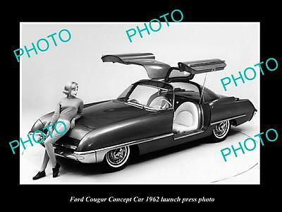 Old Large Historic Photo Of 1962 Ford Couger Concept Car Launch Press Photo 3