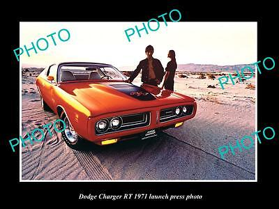 Old Large Historic Photo Of 1971 Dodge Charger R/t, Car Launch Press Photo