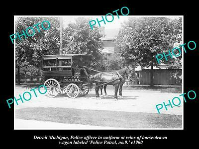 OLD LARGE HISTORIC PHOTO OF DETROIT MICHIGAN, THE DETROIT POLICE WAGON No9 c1900