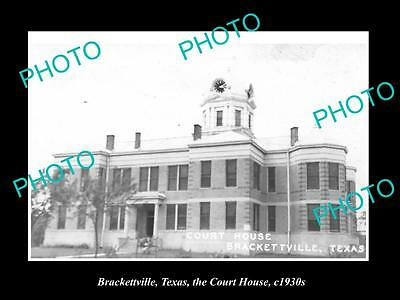 OLD LARGE HISTORIC PHOTO OF BRACKETTVILLE TEXAS, THE COUNTY COURT HOUSE c1930