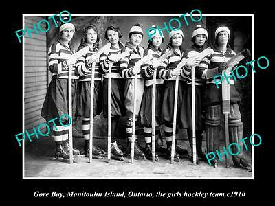 Old Large Historic Photo Of The Gore Bay Girls Ice Hockey Team 1910, Canada