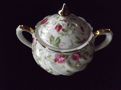 Lefton Pottery hand painted creamer & sugar bowl in Rose pattern