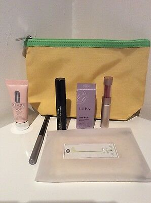 Clinique Gift Set - Make Up - BRAND NEW & UNUSED