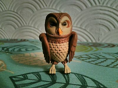 Peter Rabbit and friends Old Brown Owl Woodland Chase Figure