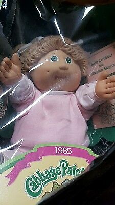 Cabbage Patch 1985 Girl Doll Merry w CP Pink Sweats 2 Pc w Shoes in Box
