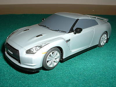 Scalextric Nissan GT-R 1:32 DPR, Mint Condition.