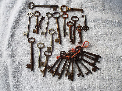 Antique Brass & Iron Furniture & Skeleton Key Lot of 25