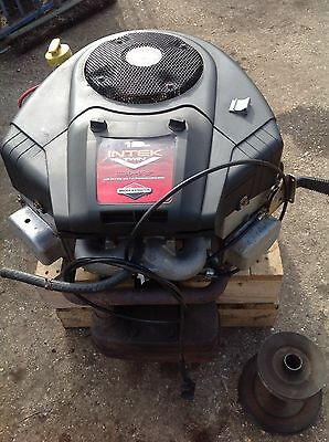 Briggs and Stratton Intek Twin 19hp OHV Engine