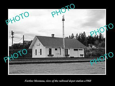 OLD LARGE HISTORIC PHOTO OF FORTINE MONTANA, THE RAILROAD STATION c1960