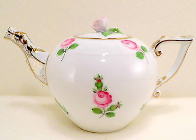 Herend Vienna Roses Pattern Miniatur Teapot,rose Lid End,brand New Boxed