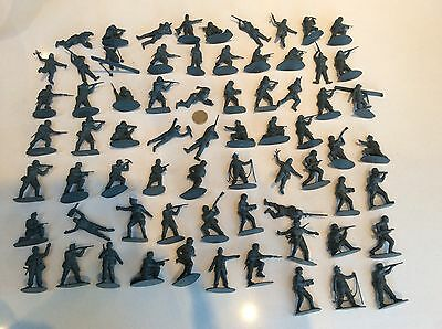 Quality German Ww11 Toy Plastic 1/32 Soldiers X 68