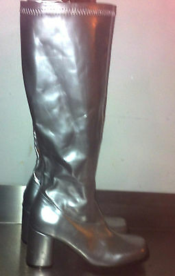 Lady's silver boots size 4