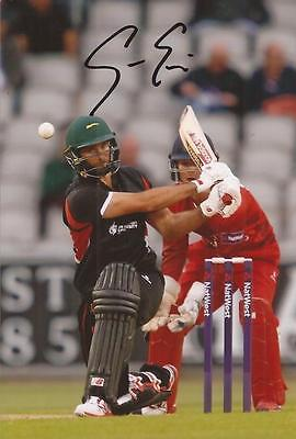 LEICESTERSHIRE: GRANT ELLIOTT SIGNED 6x4 ACTION PHOTO+COA