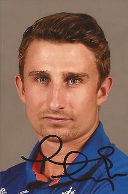 ENGLAND: JAMES TAYLOR SIGNED 6x4 ODI PORTRAIT PHOTO+COA