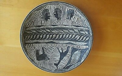 African Hand Carved Polished Soapstone  Fruit Bowl Etched Dish