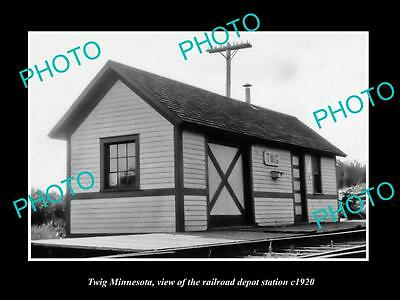 OLD LARGE HISTORIC PHOTO OF TWIG MINNESOTA, THE RAILROAD DEPOT STATION c1920