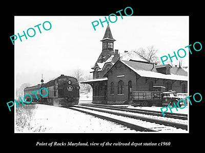 OLD LARGE HISTORIC PHOTO OF POINT OF ROCKS MARYLAND, THE RAILROAD DEPOT c1960