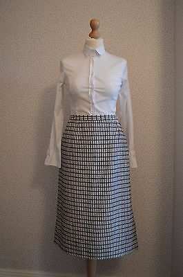 Vintage wool Jaeger midi skirt with side pockets size 12/14  mint condition