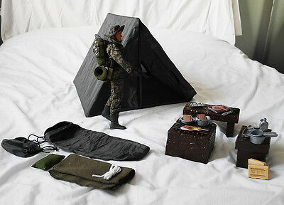 Action Figure Camping set with HM Armed force figure