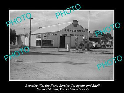 OLD HISTORIC PHOTO OF BEVERLEY WEST AUSTRALIA, SHELL OIL Co PETROL STATION 1955