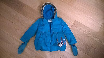 Girls M&S blue hooded winter coat with mittens size, 6-7years, excellent cond.