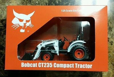 Bobcat CT235 Compact Tractor 1:25 scale
