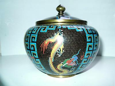 Fine quality Large Chinese cloisonne yellow Dragon & key design jar late 19thC