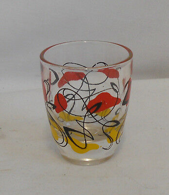 STUNNING Vintage Collectable TRADITIONAL PATTERNED GLASS SHOT GLASS 5.5cm