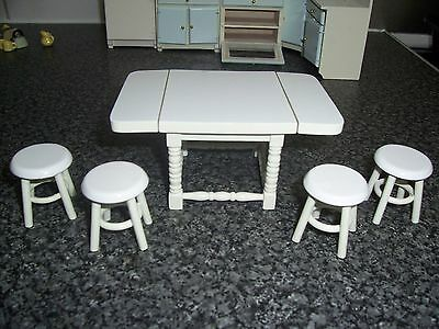 Dolls House 1/12 Scale Kitchen Table 4 Stools