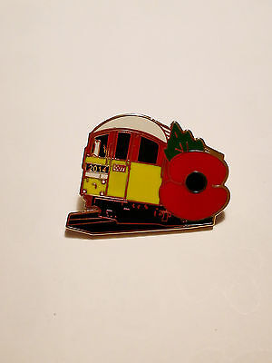 London Transport.. Underground.. Pin Badge.. 1938 Stock.. Poppy 2014.. New