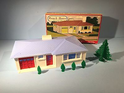 Plasticville O ga Rancher, Blue / White / Red, Great Orig. Box , Extras, Super!