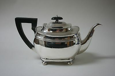 Art Deco, Solid silver teapot, 1926, Sheffield, George Howsons