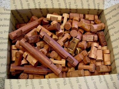 Vintage Lincoln Logs Mixed Lot of 250 pcs