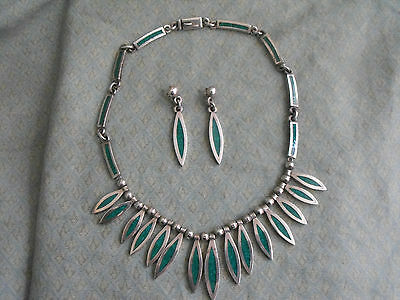 Vintage Mexican Taxco Silver Turquoise Necklace and Matching Earrings Set