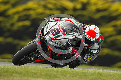 Framed 2015 World Superbike Photograph - Aprilia - 12 x 8 Inches