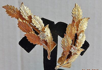 Two Vintage Leafs  Gold Tone With Rhinestones Barrettes Set