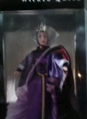 """Disney Villain WICKED QUEEN 12"""" tall Doll - BRAND NEW in SEALED BOX - MINT"""
