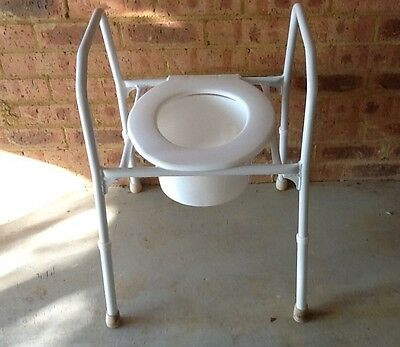 Over toilet surround frame / raised seat, adjustable height. Pick up 2753.