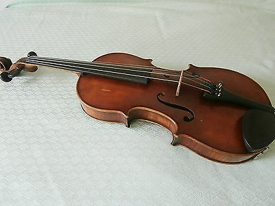 VIOLIN * VINTAGE * EXCELLENT CONDITION * HIGH FLAME * with case