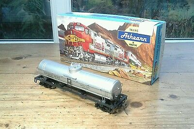 Athearn Ho, 40' Single Dome Tank Car, Southern Pacific Diesel Fuel #60683.   (6)