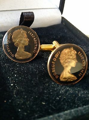 1977 Enamelled 1/2p Coin Cufflinks.  Black/gold. 39th Birthday/Anniversary