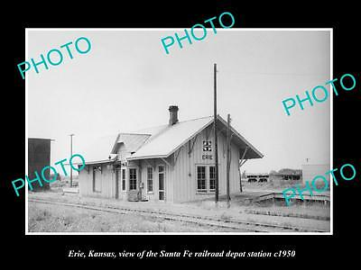 OLD LARGE HISTORIC PHOTO OF ERIE KANSAS, THE RAILROAD DEPOT STATION c1950