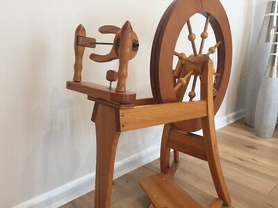Beautiful Traditional Wooden Spinning Wheel