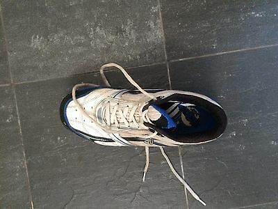 Kookaburra pro rubber removable spike cricket shoes size 8 US turf/artificial